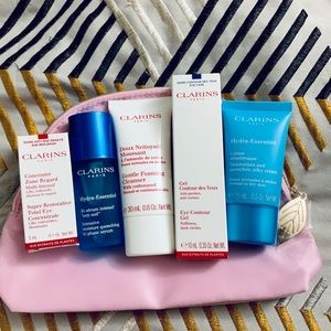 CLARINS BUNDLE! ⚡️NWT! WITH CLUTCH/POUCH